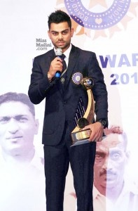 At the BCCI Awards held yesterday, Sunil Gavaskar, Sachin Tendulkar and Virat Kohli all received awards. Sunil Gavaskar was conferred the Lifetime Achievement, Sachin was awarded for his achievement of 100 international hundreds, and Virat received the award for being the best Indian cricketer of the 2011-12 season. Have a look at some pix from the [...]