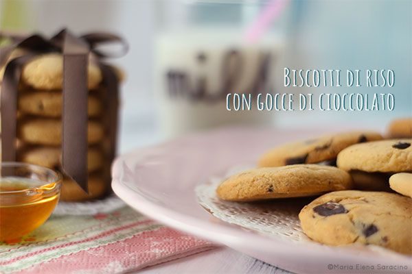 Biscotti di riso con gocce di cioccolato / Rice biscuits with chocolate chips