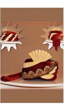 Velvet Fabric Maroon Color Wedding Turban Mens | FH465172512 #turban #punjabi #wedding #shaadi #groom #bride #england #destinationwedding #turbanstyle #weddingturban #weddingturbanstyle #pagh #IndianWedding #PakistaniWedding #Pagri #sehra #mensfashion #turbanista #goomsturban #royalweddingturban #BaratiPagri #weddingpagrifobarati #rajasthanipagriforgroom #SadiShehra #Jamadani #men #groom #designs #redweddingturban, #heenastyle... ----- > Follow us @heenastyle