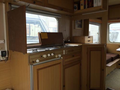 die besten 25 wohnmobil gebraucht kaufen ideen auf pinterest ebay kleinanzeigen wohnwagen. Black Bedroom Furniture Sets. Home Design Ideas