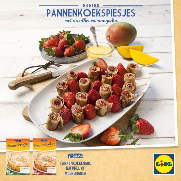 Modern recept voor pannenkoekspiesjes met aardbei en mangodip #Lidl #Pannenkoeken