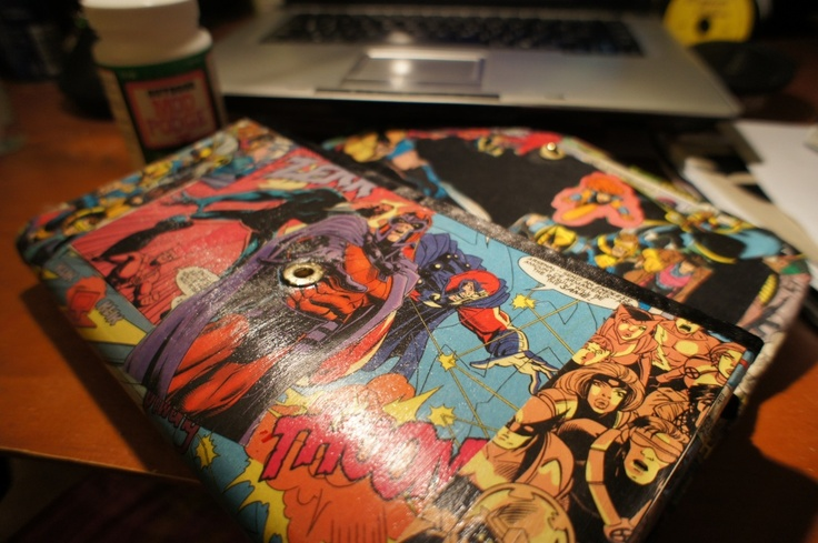 How to make a Comic Book Clutch..or shoes...or lamp shade :) This is SO happening.