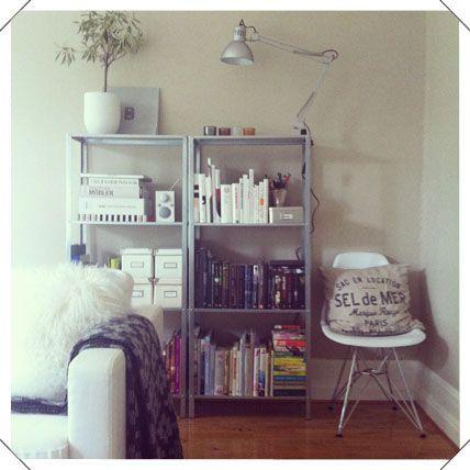 hyllis - love these $13 shelves!
