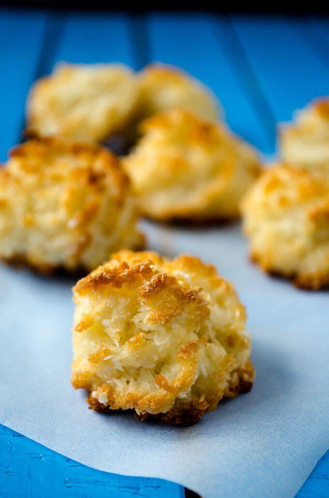 3 Ingredient Coconut Macaroons   giverecipe.com   #macaroons #glutenfree