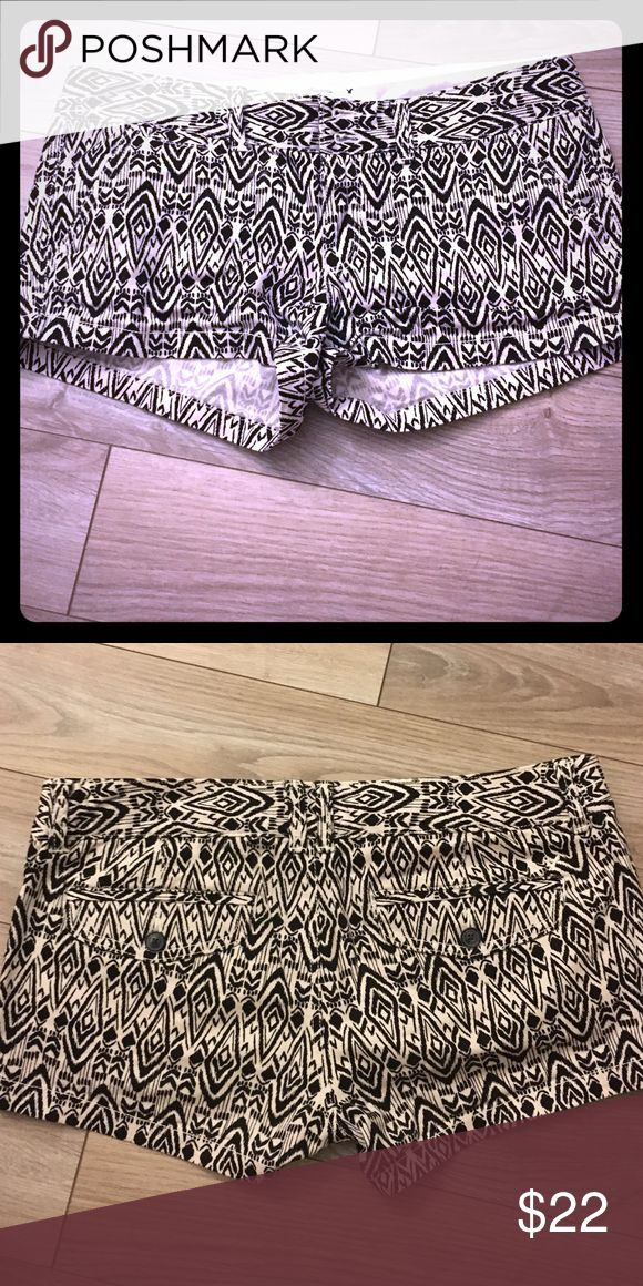 Black and white Aztec shorts Black and white Aztec design shorts, never warn, very comfortable, stretch American Eagle Outfitters Shorts Jean Shorts