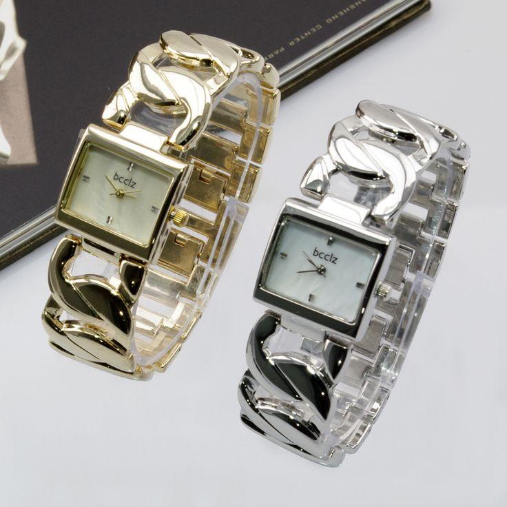 Дешевое Люксовый бренд браслет цепочка квадратное лицо кварцевые аналоговые часы мода досуг стиль леди наручные часы для женщины леди девушки, Купить Качество Наручные часы непосредственно из китайских фирмах-поставщиках:           Спецификация (приблизительно): ДЕТАЛИ ПРОДУКТА Состояние: 100% новый Тип: мода Дисплей: дисплей указател