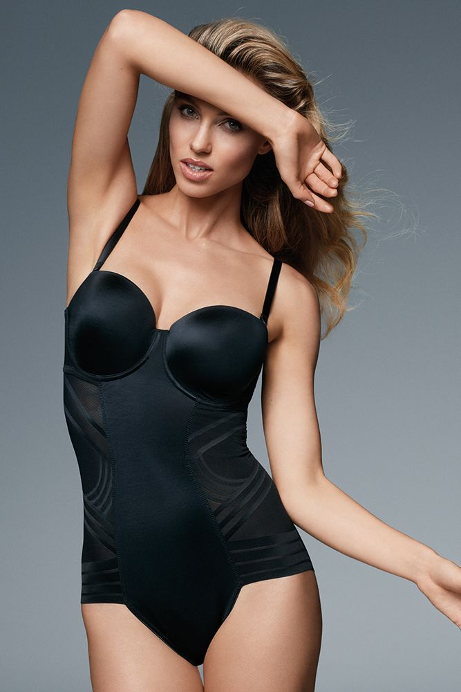 Discover the secret to an hourglass silhouette with our range of stylish shapewear.