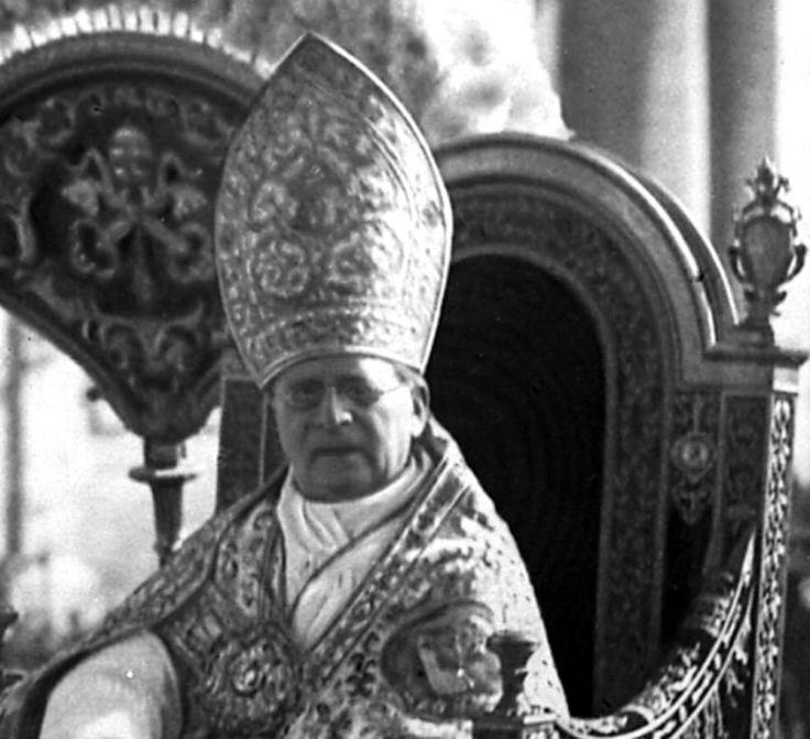 Pope Pius XII Latin Mass | ... liturgical practices in Cardinal Ratzinger / Pope Benedict XVI Forum