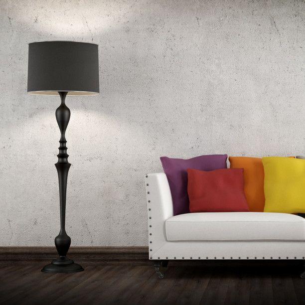 Combina almohadas de diferentes colores en la sala y dale vida a esos espacios vacíos.