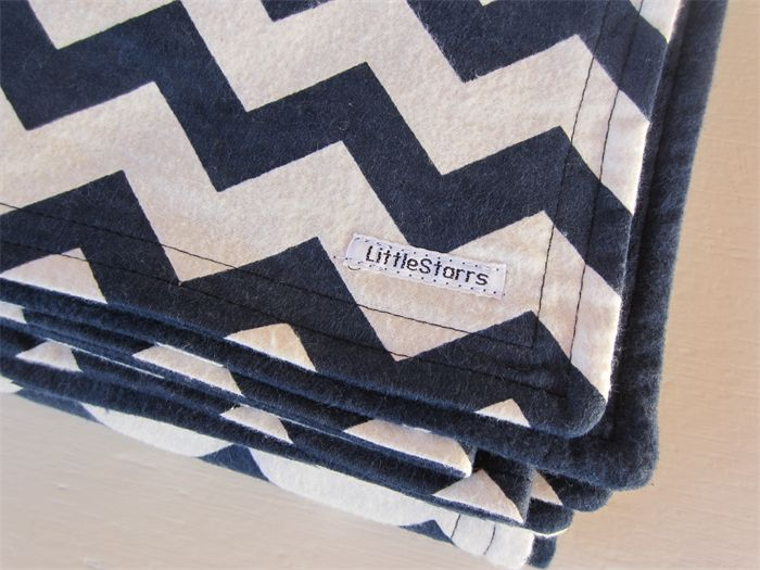 Navy Blue and White Zig Zag Flannel Baby Blanket  | by LittleStarrs |