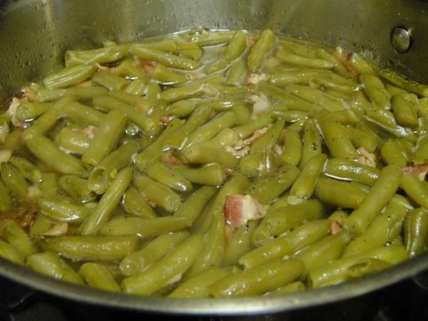Copycat recipe: Texas Roadhouse Green beans (YUM!)