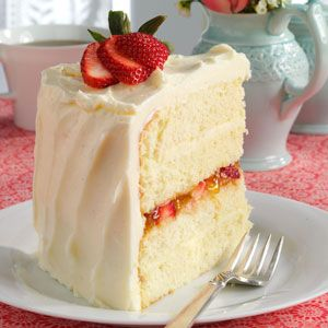 Vanilla Bean Cake with Strawberry filling and White Chocolate Ganache Recipe