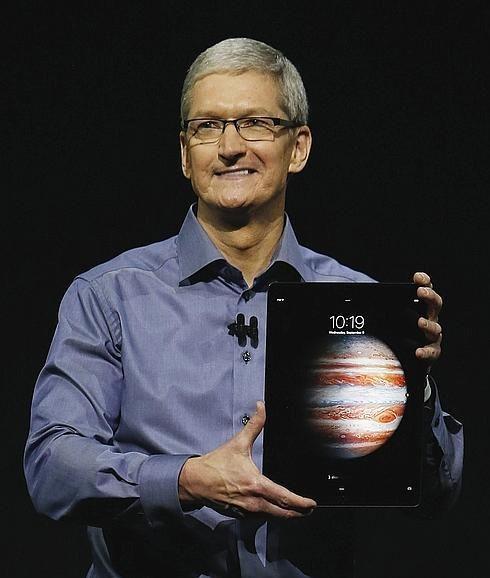 El consejero delegado de Apple, Tim Cook, presentaba el nuevo Ipad Pro hace seis meses.