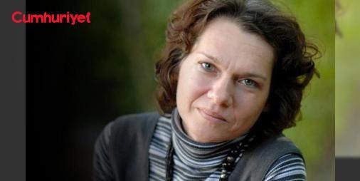 Aslı Erdoğanın tutuklanmasında hukuk yok gözdağı var : Hakkında müebbet hapis cezası istenen kapatılan Özgür Gündem Yayın Danışma Kurulu üyesi yazar Aslı Erdoğanın dosyasını inceleyen 18 hukukçu soruşturmanın baştan aşağı hukuk dışı olduğunu vurguladı.  http://www.haberdex.com/turkiye/Asli-Erdogan-in-tutuklanmasinda-hukuk-yok-gozdagi-var/78709?kaynak=feeds #Türkiye   #Aslı #hukuk #Erdoğan #inceleyen #dosyasını