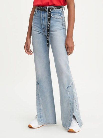 0478ee56be6e7c This New Levi's Style Is Bound To Be 2019's Next Big Denim Trend in 2019 |  Women Fashion 2019: | Jeans, Flare jeans, Denim outfit