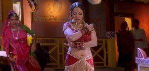 Gale Mein Laal Taai – Madhuri Dixit Sensational HD Video Song