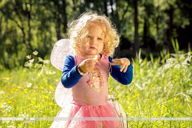 Fairies  Superheroes children photography www.in2pictures.nl  #Photography #Fairy #Superhero #Kinderfotografie #buiten #kind #fotografie   in2pictures fotografie