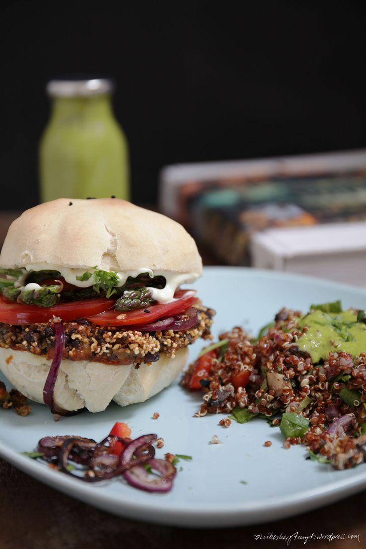 Black Bean Burger mit Quinoa Salat ala reisen, surfen, kochen, // nikesherztanzt