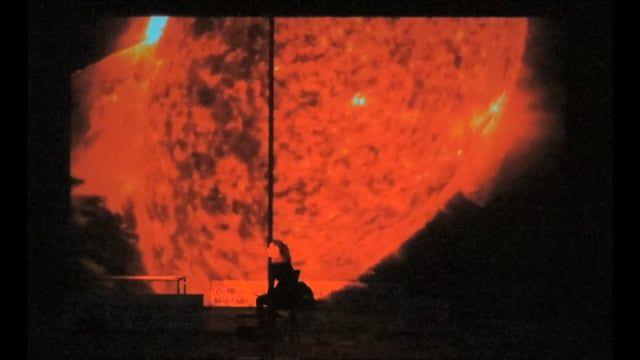 El poema escénico 'LA EDAD DEL FRÍO. Conversaciones con Antígona', de Roberto García de Mesa y con vídeos de #Digital104Audiovisual, este finde en la Fundición Bilbao. http://bit.ly/1KsnsLi