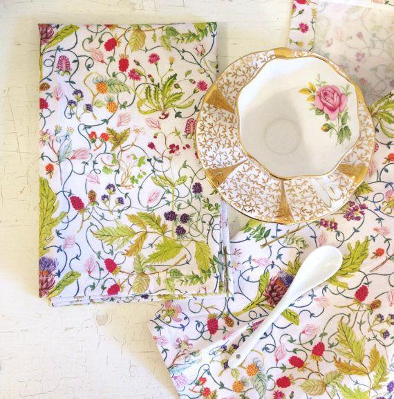 Cotton Napkins  Cloth Napkins  Table Linens  by strawberrysnail
