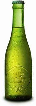 Cerveja Alhambra Reserva 1925, estilo Malt Liquor, produzida por Cervezas Alhambra, Espanha. 6.4% ABV de álcool.