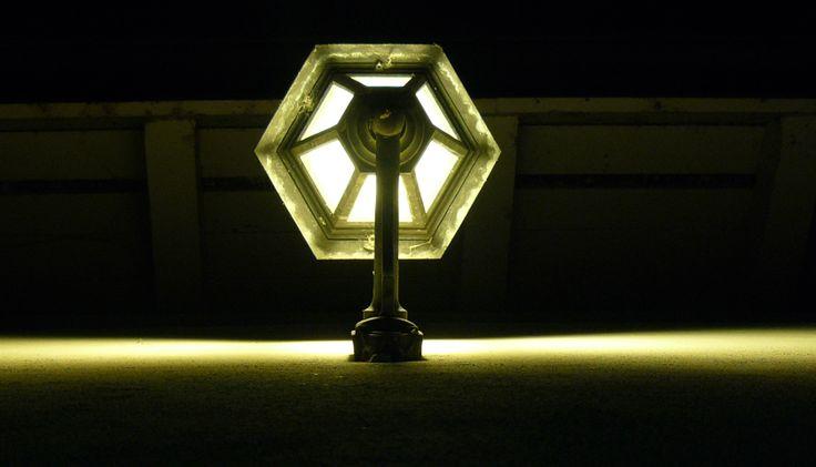 Lampa na Carouge w Genewie.