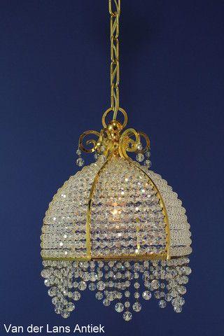 Kristallen zakkroonluchter 21523 bij Van der Lans Antiek. Bekijk al onze antieke kroonluchters en koperen lusters op www.lansantiek.com