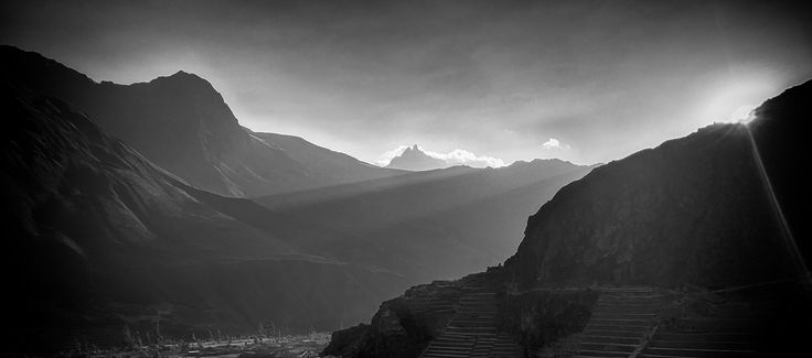 https://flic.kr/p/SnSgHY | Sunset Behind The Mountains (Ollantaytambo, Cuzco, Peru. Gustavo Thomas © 2016) | Puesta de Sol detrás de la montaña / Sunset Behind The Mountains  (Ollantaytambo, Cuzco, Peru. #Photograph by Gustavo Thomas © 2016)