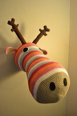this moose cracks me up ;)))