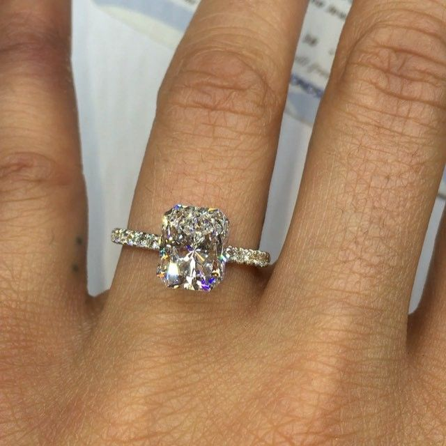 PLEASE FOLLOW OUR NEW JEWELRY PAGE @foreverdiamondsinc @foreverdiamondsinc @foreverdiamondsinc CHECK OUT THIS BEAUTIFUL GIA CERTIFIED 3.01 CARAT RADIANT CUT D COLOR SI1 $37,000 ring sold separately