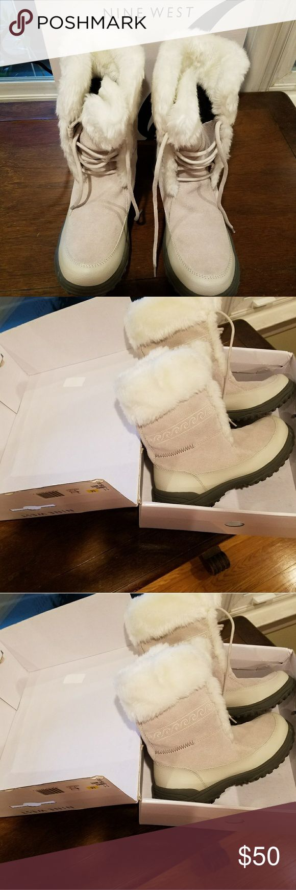Nine west 11m cabino2 off white snow boot Off white snow boots brand new in box ...real soft ...too tight for me need a 12 Nine West Shoes Winter & Rain Boots