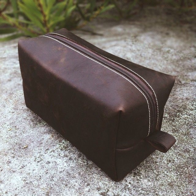 Dopp kit. All leather. Coming this week.  www.vacatecarry.com  #doppkit #dopp #leather #handmade #handcrafted