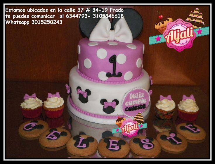 minnie mouse torta , cake cupcakes y galletas con el nombre de la cumpleañera
