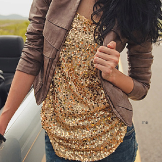 : Fashion, Dreams Closet, Style, Shirts, Clothing, Outfit, Gold Sequins, Leather Jackets, Sequins Tops