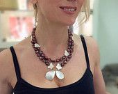 Opera necklace with pearls and mother of pearls
