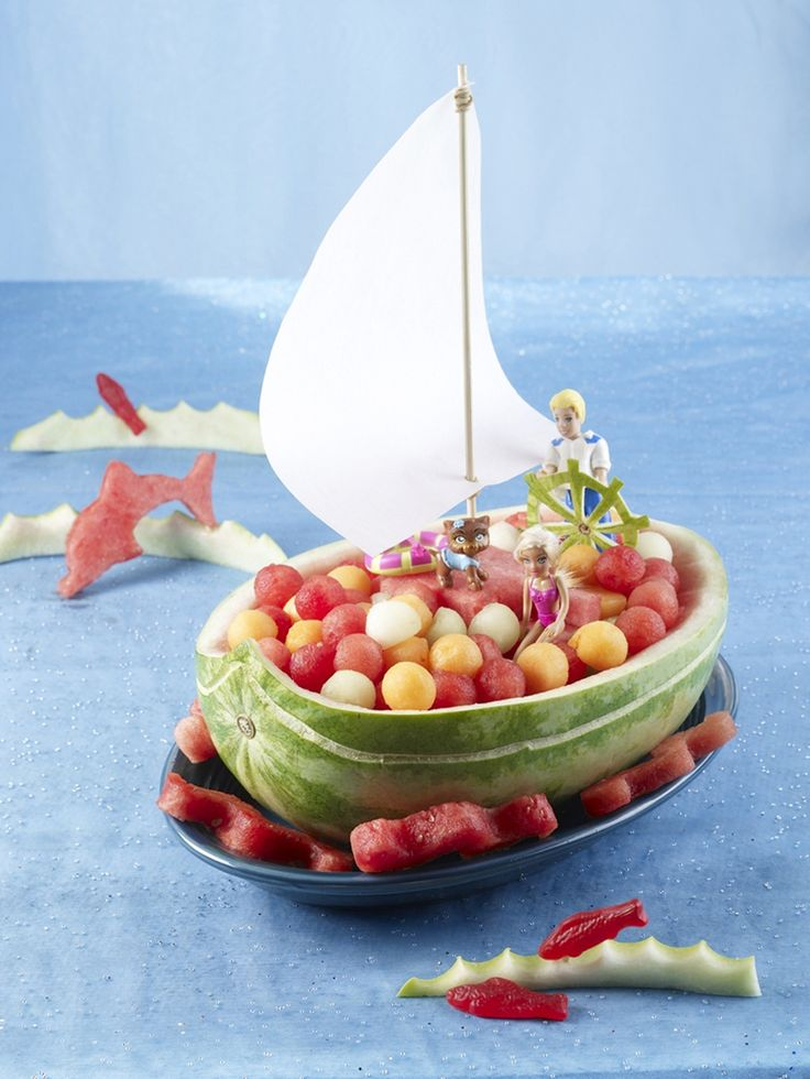 Sailboat Watermelon for summer kids party.