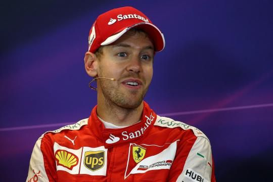 """Ferrari-Pilot Sebastian Vettel sprach nach dem Rennen in Austin über sein """"Kindheitsidol"""" Michael Schumacher http://www.welt.de/sport/formel1/article148033283/Michael-Schumacher-ist-mein-Held-immer-noch.html                                                                                                                                                      Mehr"""
