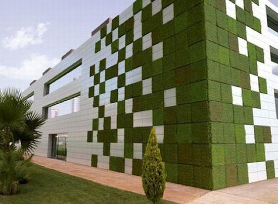 Designed by Emilio Llobat of Maqla Architects, Azahar Energy, and Ceracasa