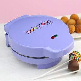 Features:  -Accessories included: Fork tool, cake pop treat sticks, cake pop cooling and decorating stand.  -Bakes 12 cake pops.  -Power and ready lights.  -Locking lid latch.  -Nonstick cooking surfa