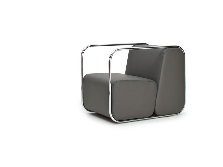 STONE — fotel z podłokietnikami. Projekt: Tomasz Augustyniak
