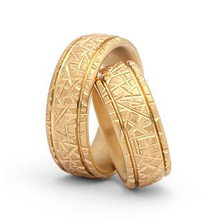 Hochwertige Eheringe in 750 Gold Damenring, Herrenring: 7,5mm breit Oberfläche: matt
