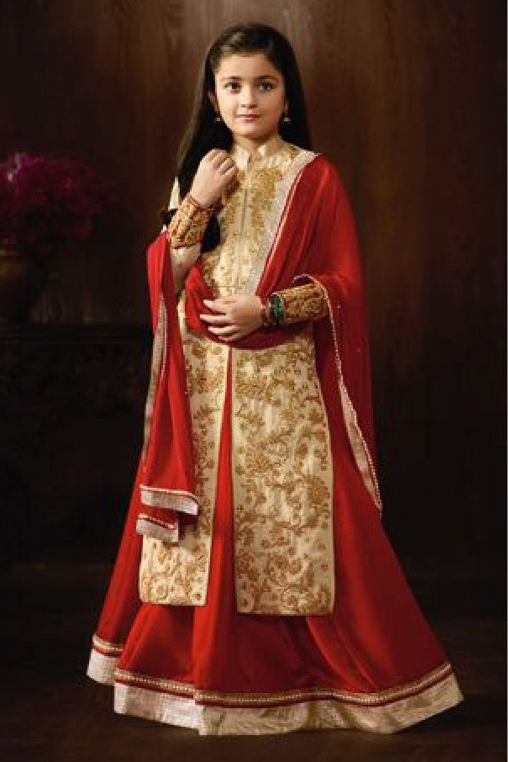 Grab latest Raw Silk Party Wear Semi Stitched Lehenga Suit In Cream Colour and get 29% OFF.