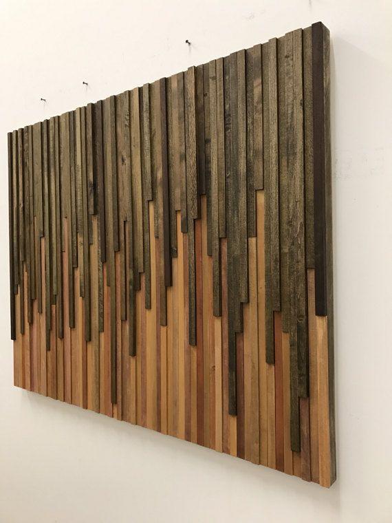 Madera de la pared arte - reciclado arte escultura de madera Hecho a la medida: Nuevo diseño de Goteo. Arte de la pared hermosa hecha de pedazos individualmente cortados y manchados de restos de madera reciclado. Las piezas principales son mayormente de aliso que es teñido en nogal oscuro y la luz son sobre todo pedazos de la madera de arce. La madera para esta pieza fue rescatada de la pila de desecho de una tienda de muebles local. Esta pieza es de 46 x 36 pulgadas. Su hecho pedir pieza…