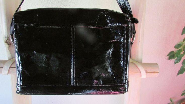 SAS SHINY BLACK LEATHER  SM  SHOULDER BAG, USA made #SAS #ShoulderBag