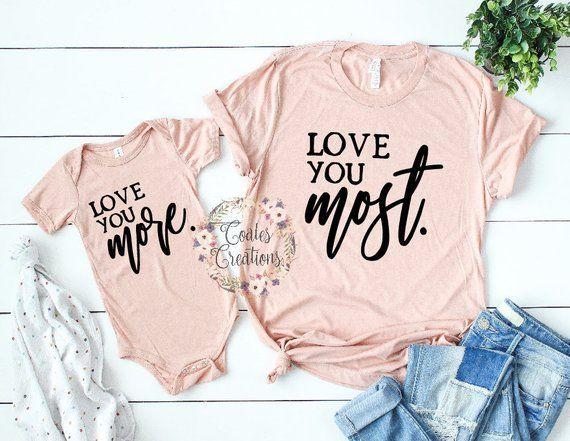 Tenue Mère Fille // Besties // Je t'aime plus // je t'aime le plus // nouvelle tenue pour bébé / …  – Clothing ideas!