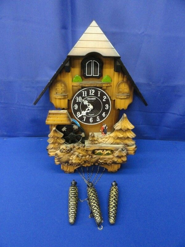 Kaiser Quartz Electronic Plastic Cuckoo Clock Cuckoo Clock