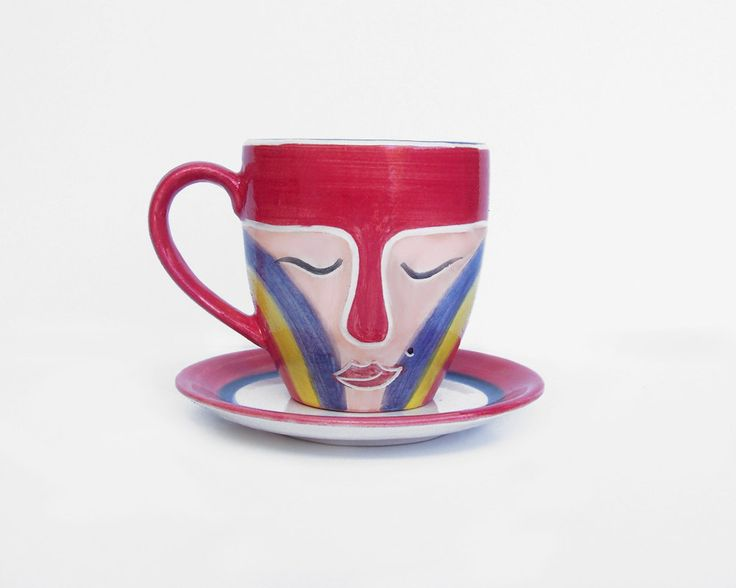 Hand painted coffee mugs + free saucer | Thoughful unique gift | Beautiful red, pink, blue and yellow lady mask coffee mug and tea cup de BuenosAiresPottery en Etsy