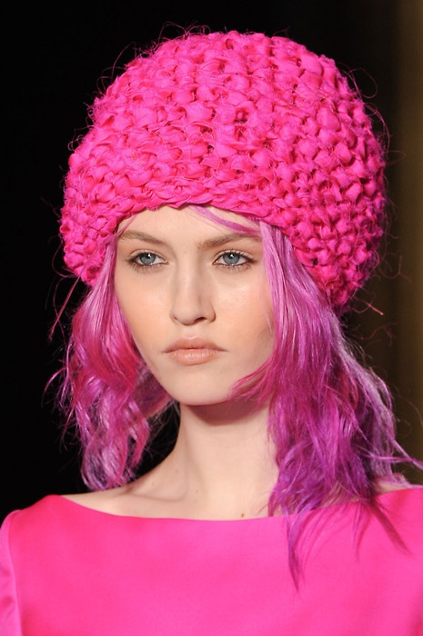 tone-on-tone hair + hat: Unique Hair Colors, Crazy Hair, Things Pink, Pink Hair, Colors Pink, Color, Pink Hats, Hot Pink, Knits Hats