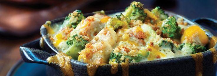 Mettre le brocoli et le poulet dans un plat de cuisson de 1,5 L...