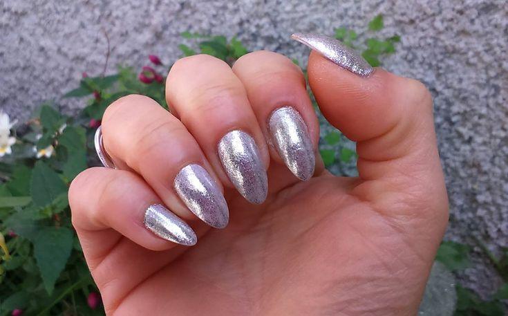 Unghie effetto specchio Essense Blossom Dreams mirror effect nail pigment